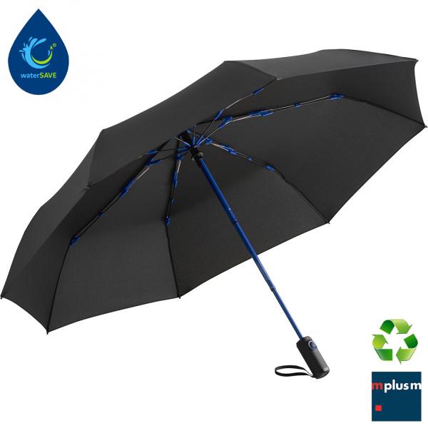 Schwarzer Rgenschirm mit blauen Akzentfarben watersave produziert