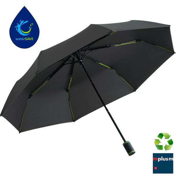 Nachhaltig produzierter Werbeartikel Taschenschirm Oxford. Bei der Produktion wird viel Wasser und Energie gespart.