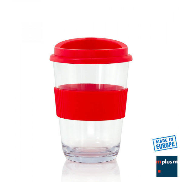 Transparenter Kaffeebecher aus Kunststoff. Aus Europa.