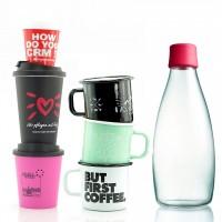 Becher Tassen und Flaschen
