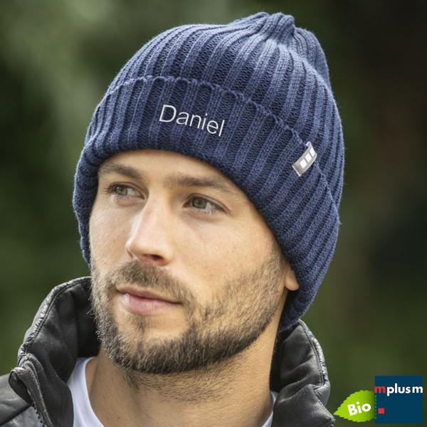 Beanie Mütze aus Bio Baumwolle. Als nachhaltiger Werbeartikel mit Name oder Logo besticken.
