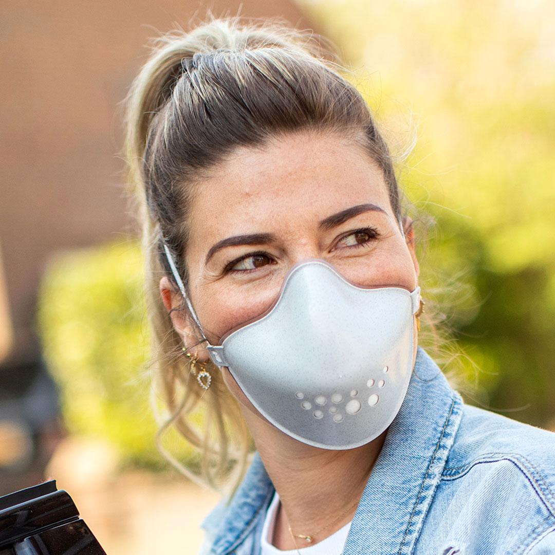 Hi Community Maske von Koziol Werbeartikel